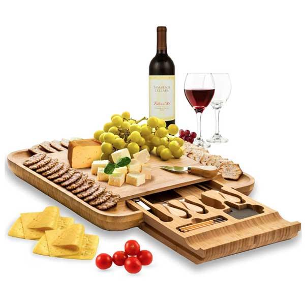 21 07 13 18 13 22 original 600x600 cheese serving platter
